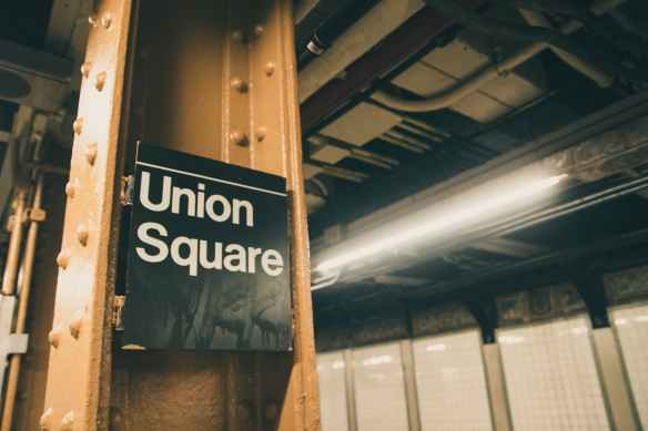 union square signage